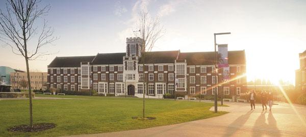 Universidad de Loughborough