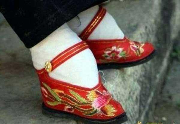 zapatos china, pies vendados
